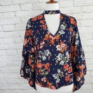 A Calin by Flying Tomato Top Bell Sleeves Party M